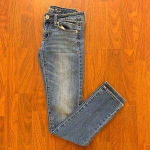 AEO Lightly Distressed Skinny Jean